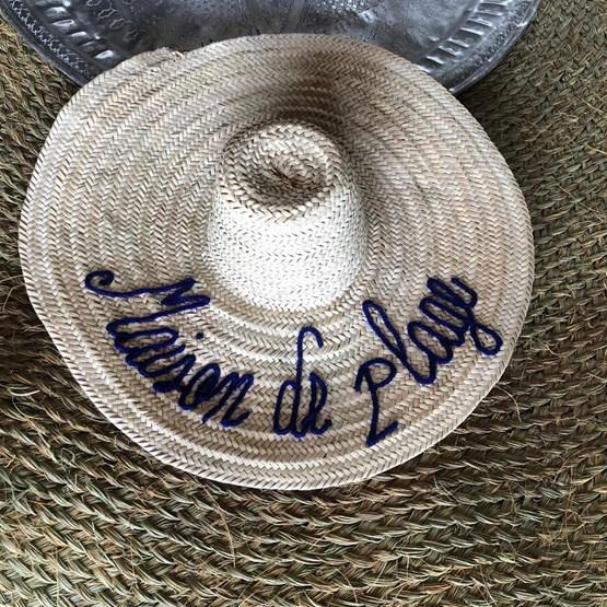 Chapeau de paille  - Design : MODERN TRADITION