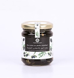 Black olives with aromatic plants