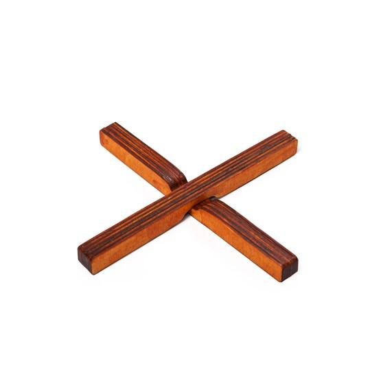 Sous plat Magnétique en bois - X - Design : BOLTEN DESIGN