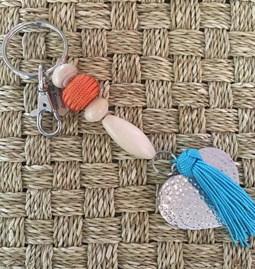 Porte clefs/bijoux de sacs love