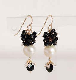 Boucle d'oreilles Pearl and black