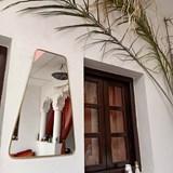 Miroir trapèze en laiton 4