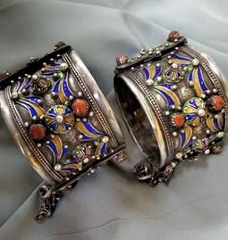 Paire de bracelet kabyle rares - Œuvre du créateur Béni-Yéni.