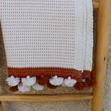 Tapis de bain moucheté blanc/camel 3