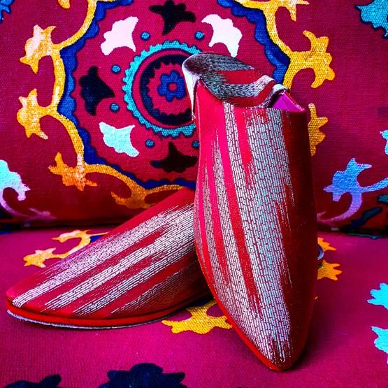 Babouches rouge et or  - Design : COMPAGNIE D'EXTRÊME OCCIDENT