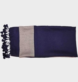 Crocheted finish fouta