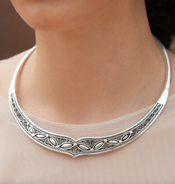 Collier Grey Tiara