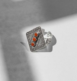 Ring coral diamond