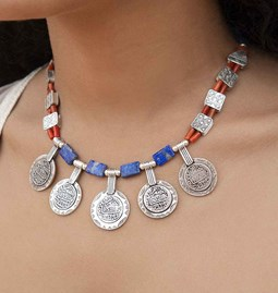 Collier blue corail coins