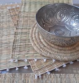 Set de table (4) et dessous de plat