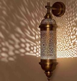Lampe M